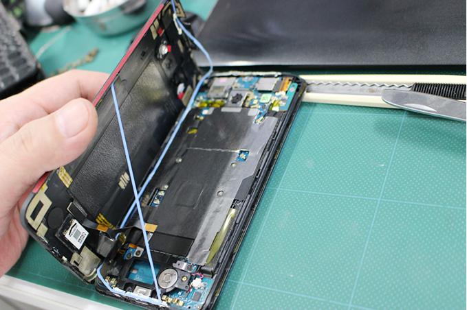 HTC J Butterfly HTL21を分解