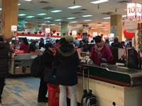 中華街にある中国系スーパーマーケットに潜入