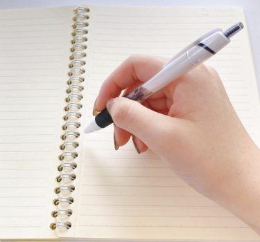 ボールペンを制する者が仕事を制するかもしれない説